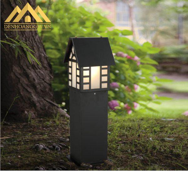 Đèn trụ sân vườn thiết kế với hình dáng bắt mắt